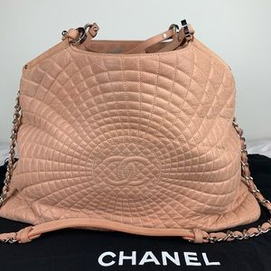Chanel extra large hobo tote bag